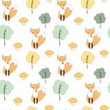 Ilustração sem emenda do fundo do teste padrão do vetor do outono bonito da queda com raposa, árvores e cogumelos Fotos de Stock