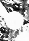 Ilustração vertical da quadriculação no papel branco da aquarela A tinta líquida preta espirra, lambuza e as manchas decoradas co Foto de Stock