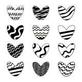 Ilustra??o do vetor Ajuste dos corações bonitos pintados nas cores preto e branco isoladas no fundo branco imagem de stock