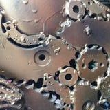 Ilustraciones del metal de la artesanía de recambios usados Los pedazos pieza, los engranajes del metal, el coche, el auto, la mo Fotografía de archivo libre de regalías