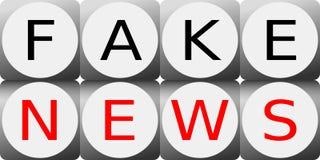 Ilustracja dwa rzędu kostka do gry z Sfałszowanym wiadomość znakiem zdjęcie stock