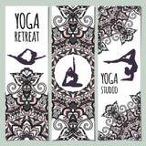 Ilustracja robi asana dla Międzynarodowego joga dnia na 21st Czerwu kobieta Royalty Ilustracja