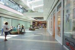 Ilustracja zakupy w centrum handlowym centrum handlowego Galleria Zdjęcia Royalty Free