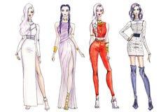 Ilustracyjne modne dziewczyny na zakupy Moda sztuki nakreślenie piękna młoda kobieta ilustracji