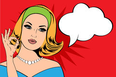 Ilustração do pop art da mulher com a bolha do discurso Fotografia de Stock Royalty Free