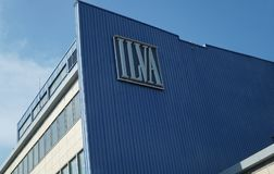 Ilva钢铁厂在塔兰托,意大利 免版税库存图片