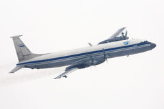 Ilyushin IL-22M de l'Armée de l'Air russe faisant le tour chez Chkalovsky photos stock