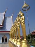 Imágenes de Buddha en el templo Fotos de archivo