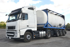 Imágenes de los camiones de petrolero Fotos de archivo