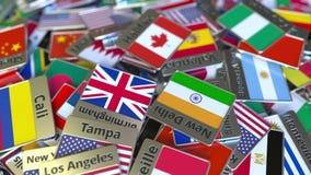 Imán del recuerdo o insignia con el texto de Halifax y bandera nacional entre los diversos El viajar a la introducci?n conceptual almacen de metraje de vídeo