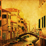 Im altem Stil Abbildung eines Kanals in Venedig Stockbild