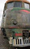 Im altem Stil elektrischer Dieselzug im Rost Lizenzfreie Stockfotografie