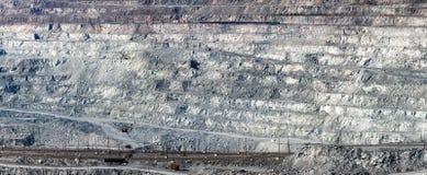 Im Asbeststeinbruch Lizenzfreie Stockbilder