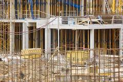 Im Bau errichten Baugerüststruktur Architektur stockfoto