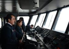 Im Cockpit eines Passagierschiff ` über Australis ` das Archipel von Tierra del Fuego stockbild