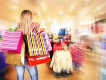 Im Einkaufszentrum Stockfotos