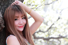 Im Freienportrait des chinesischen Mädchens Stockbilder