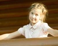 Im Freienportrait des Mädchens Lizenzfreie Stockbilder