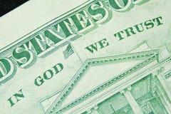 Im Gott, den wir vertrauen, ist auf jedem Dollarschein Lizenzfreies Stockfoto