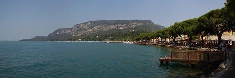 Im Hafen von Garda Lizenzfreie Stockbilder