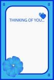 Im het denken aan u blauwe groetkaart Stock Foto