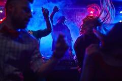 Im Nachtklub lizenzfreies stockbild