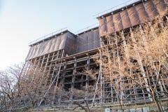 Im Prozess stellen Sie wieder her, reparieren Sie, erneuern Sie Kiyomizu-dera Tempelgebäude stockfotografie