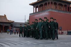Im Quadrat des Mittagstors, Peking stockfotografie