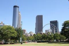 Im Stadtzentrum gelegene Atlanta-Skyline stockbilder