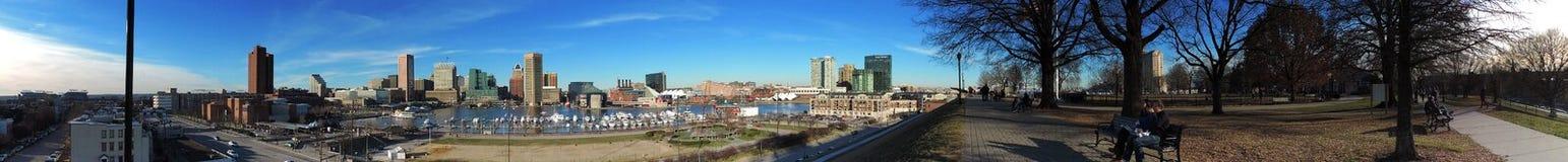 Im Stadtzentrum gelegene Baltimore-Skyline panoramisch vom Bundeshügel Lizenzfreies Stockfoto