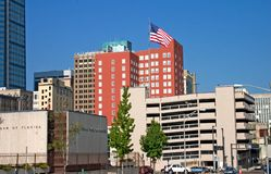 Im Stadtzentrum gelegene jax Skylinemarkierungsfahne Lizenzfreie Stockbilder