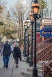 Im Stadtzentrum gelegene Käufer und Wanderer Breckenridges Colorado stockbild