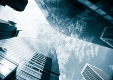 Im Stadtzentrum gelegene New- Yorkwolkenkratzer lizenzfreie stockfotos