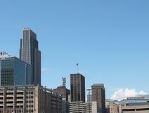 Im Stadtzentrum gelegene Omaha-Skyline Lizenzfreie Stockfotos
