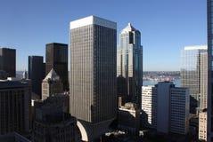 Im Stadtzentrum gelegene Seattle-Bürohaus Stockbild