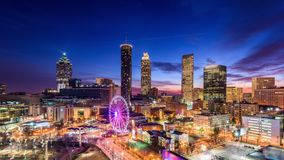 Im Stadtzentrum gelegene Skyline Atlantas, Georgia, USA stock video footage