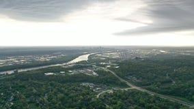 Im Stadtzentrum gelegene Skyline des Brummen-_KCMO stockfotografie