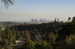 Im Stadtzentrum gelegene Skyline Los Angeless in Abstand 3 Lizenzfreie Stockfotografie
