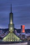 Im Stadtzentrum gelegene Skyline Portland-Oregon an der blauen Stunde Stockfoto