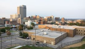 Im Stadtzentrum gelegene Stadt-Skyline Omaha Nebraska Midwest Urban Landscape stockfotos