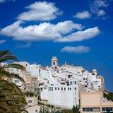 Im Stadtzentrum gelegene weiße Stadt Mao Mahons in Menorca bei Balearics Lizenzfreie Stockbilder