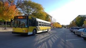 Im Stadtzentrum gelegener Autumn College Town, Iowa City Iowa lizenzfreies stockbild