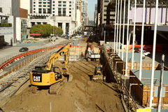 Im Stadtzentrum gelegener Bau und Expansion Lizenzfreie Stockfotografie