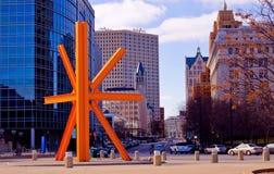 Im Stadtzentrum gelegener Milwaukee, Westen entlang Wisconsin-Allee Lizenzfreies Stockfoto