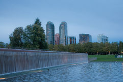Im Stadtzentrum gelegener Park Bellevue am Abend Stockfotos