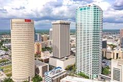 Im Stadtzentrum gelegener Skyline-Wolkenkratzer-Luftfoto Tampas, Florida stockbild