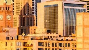 Im Stadtzentrum gelegener Sonnenaufgang Lizenzfreie Stockfotos