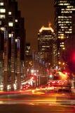 Im Stadtzentrum gelegener Verkehr Stockbild