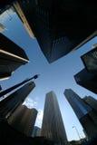 Im Stadtzentrum gelegener Wolkenkratzer Lizenzfreie Stockfotografie