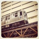 Im Stadtzentrum gelegener Zug Chicagos Stockbild